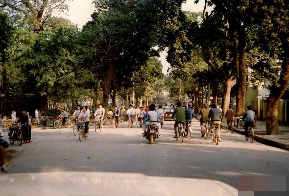 Hanojské ulice v 90tých letech